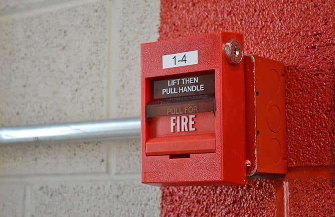 Os sistemas de combate a incêndio têm uma ação 100% preventiva, com o objetivo de salvar vidas e evitar acidentes.
