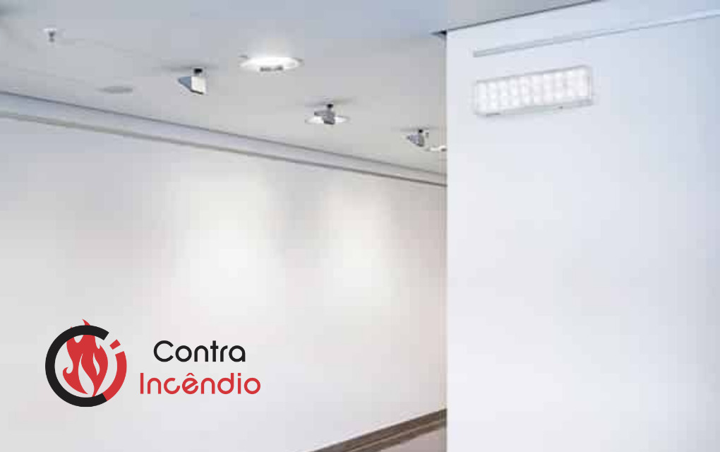 A iluminação de emergência é um dos principais elementos de um sistema de combate a incêndio. Conheça o sistema de iluminação de emergência Intelbras, um dos mais completos do mercado!